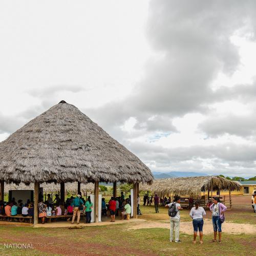 Une délégation guyanaise, emmenée par le Parc amazonien, a participé à un atelier sur la transmission des patrimoines culturels vivants qui était organisé à Lethem (Guyana) du 14 au 16 mai 2019 dans le cadre du projet RENFORESAP.
