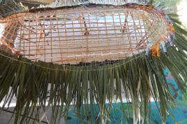 Détail de la toiture du carbet Yawapa de Trois-Sauts © F. Rives PAG