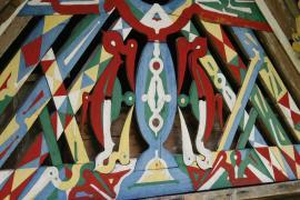 Motifs des fresques tembé sur  une ancienne case située à Loka et Boniville sur le Maroni © Guillaume Feuillet / PAG