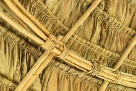 Détail de la toiture du tukusipan